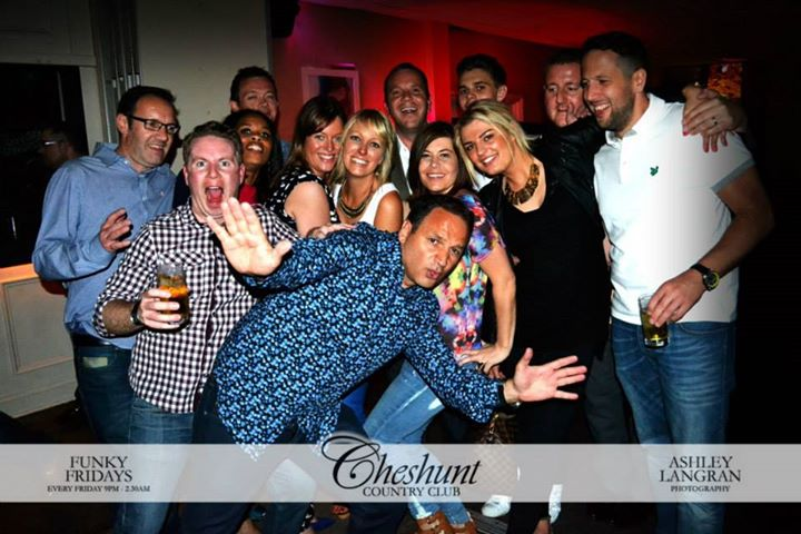 Welcome to Cheshunt Country Club : 01992 625 278